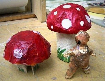 RACC parent and child papier mache workshop