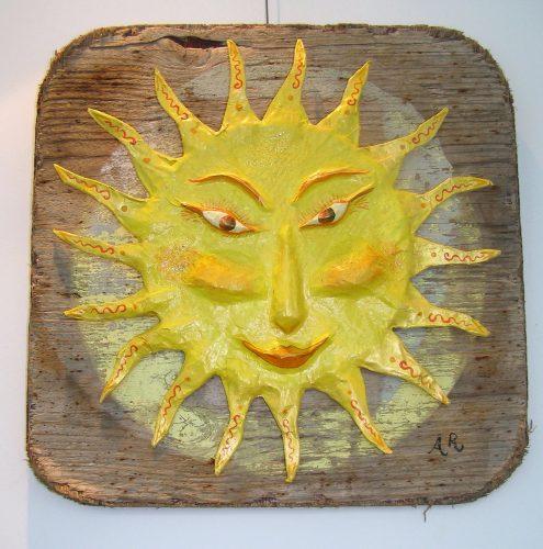 r mache sun on driftwood